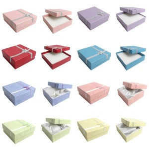 Gift Boxes in 8 different Colours
